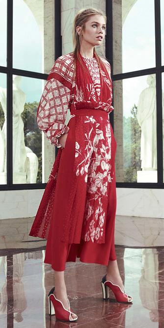 red-dress-peasant-mono-blonde-midi-red-shoe-pumps-howtowear-fashion-spring-summer-dinner.jpg