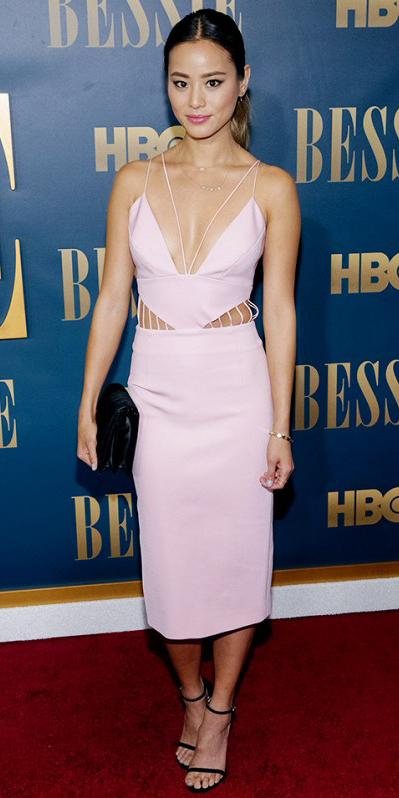 Pastel pink midi dresses | HOWTOWEAR