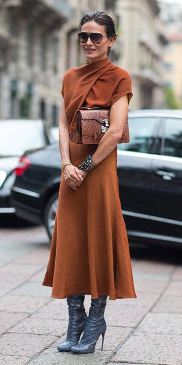 camel-dress-midi-blue-shoe-boots-hairr-sun-cognac-bag-fall-winter-dinner.jpg