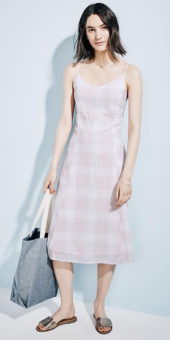 r-pink-light-dress-zprint-plaid-tan-shoe-sandals-slides-tank-midi-style-fashion-spring-summer-brunette-weekend.jpg