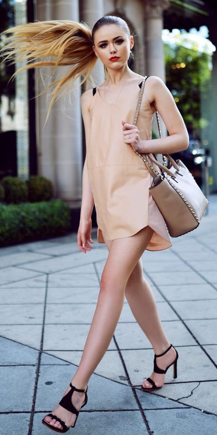 o-tan-dress-tank-pony-black-shoe-sandalh-tan-bag-howtowear-fashion-style-outfit-spring-summer-blonde-dinner.jpg