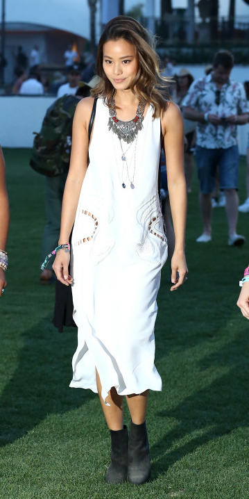 white-dress-black-shoe-booties-necklace-tank-wear-style-fashion-midi-spring-summer-jamiechung-festival-brunette-weekend.jpg