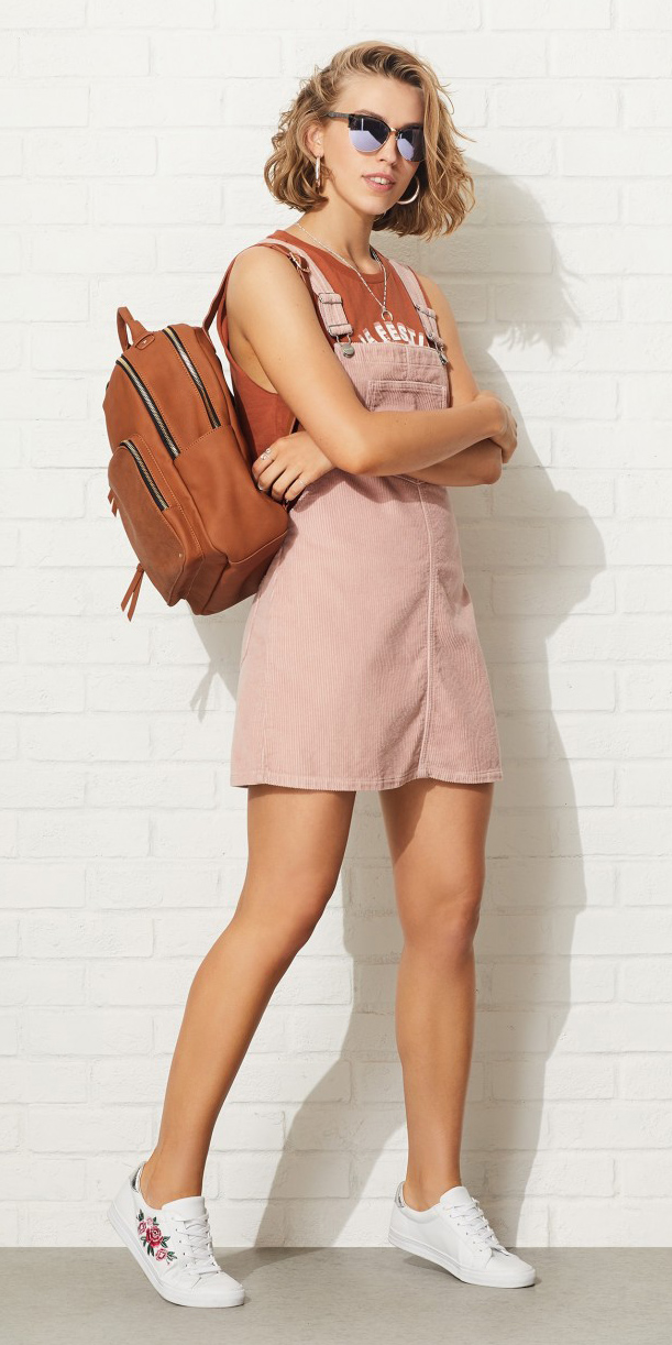 pink-light-dress-jumper-orange-graphic-tee-cognac-bag-pack-white-shoe-sneakers-blonde-bob-sun-hoops-spring-summer-weekend.jpg