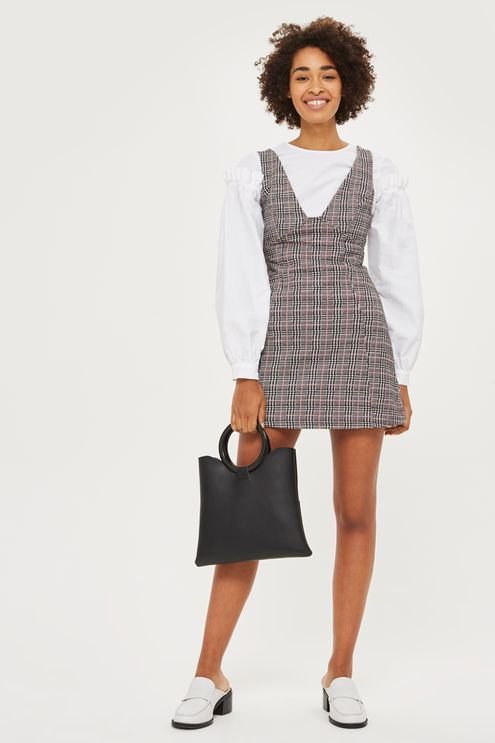 grayl-dress-jumper-plaid-print-white-top-blouse-black-bag-white-shoe-loafers-brun-fall-winter-lunch.jpg