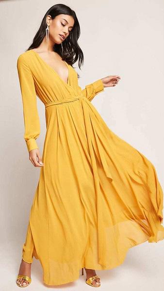 yellow-dress-maxi-wrap-yellow-shoe-sandalh-earrings-brun-spring-summer-dinner.jpg