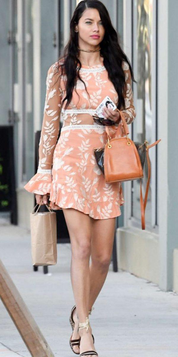 o-peach-dress-print-choker-brown-shoe-sandals-cognac-bag-brun-adrianalima-mini-florida-peasant-spring-summer-floral-lunch.jpg