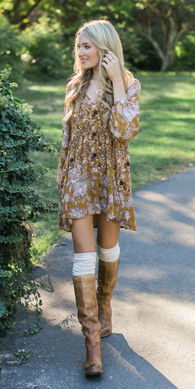 yellow-dress-peasant-print-blonde-socks-tan-shoe-boots-fall-winter-lunch.jpg