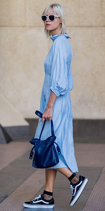 blue-light-dress-peasant-fishnet-socks-black-shoe-sneakers-sun-blonde-blue-bag-spring-summer-weekend.jpg