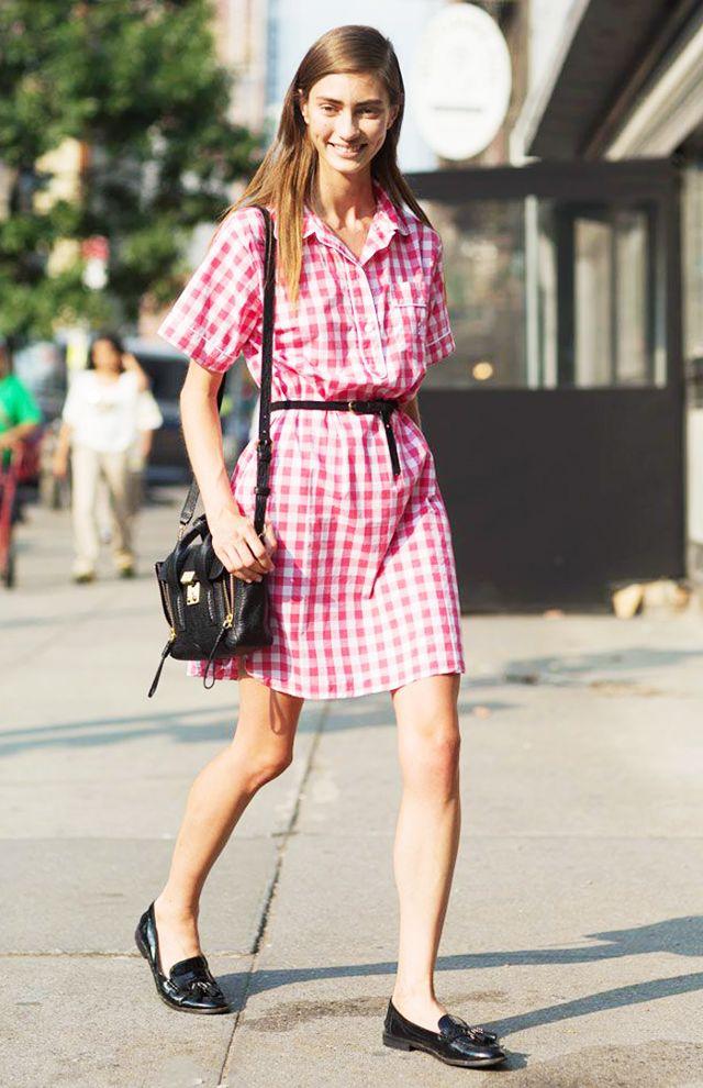 pink-magenta-dress-shirt-gingham-print-skinny-belt-hairr-black-bag-black-shoe-loafers-spring-summer-weekend.jpg