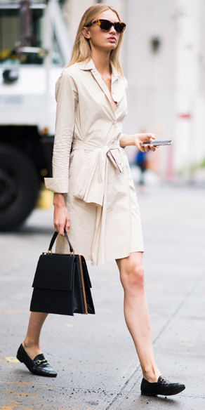 tan-dress-shirt-black-shoe-loafers-black-bag-sun-blonde-spring-summer-work.jpg