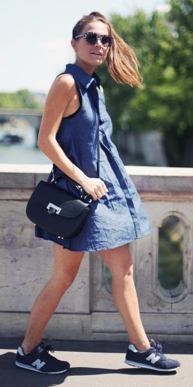 blue-navy-dress-black-shoe-sneakers-black-bag-sun-shirt-pony-howtowear-fashion-style-outfit-spring-summer-hairr-weekend.jpg
