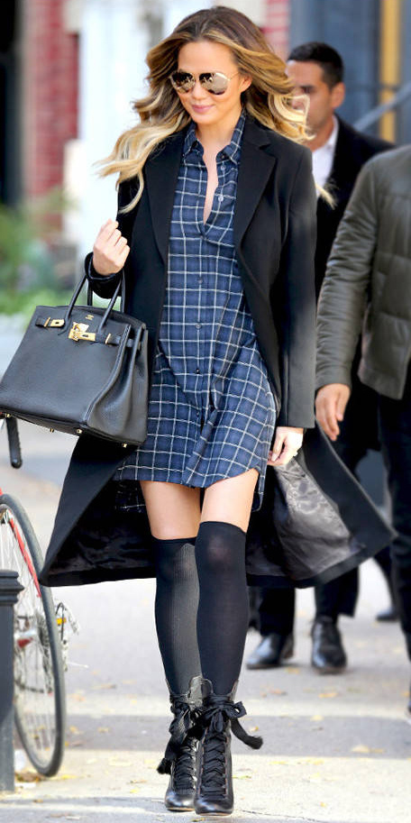 blue-navy-dress-shirt-plaid-sun-black-bag-black-shoe-booties-socks-black-jacket-coat-hairr-fall-winter-lunch.jpg