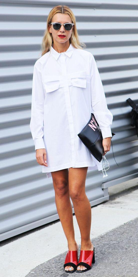 white-dress-shirt-red-shoe-sandalh-sun-blonde-black-bag-clutch-spring-summer-lunch.jpg