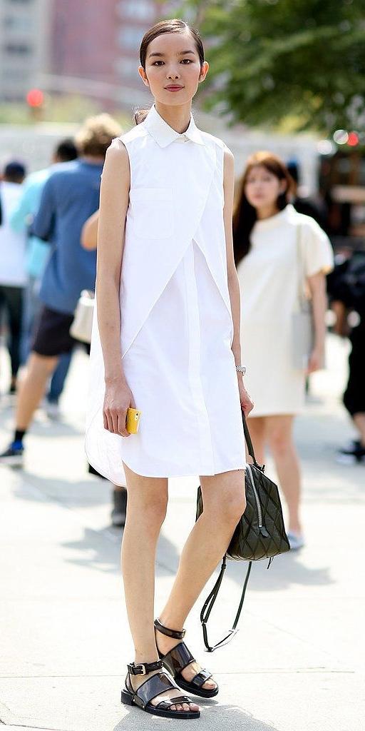 white-dress-black-shoe-sandals-black-bag-pony-shirt-wear-style-fashion-spring-summer-street-brunette-lunch.jpg