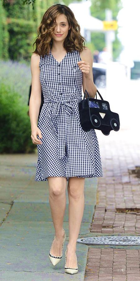 white-dress-zprint-gingham-white-shoe-pumps-black-bag-hand-shirt-wear-style-fashion-spring-summer-emily-rossum-celebrity-street-brunette-lunch.jpg