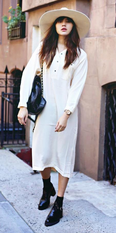 white-dress-black-shoe-booties-hat-black-bag-shirt-midi-wear-style-fashion-fall-winter-hat-street-brunette-weekend.jpg