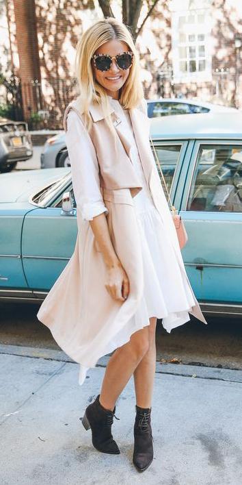 white-dress-shirt-aline-tan-vest-utility-pink-bag-blonde-sun-black-shoe-booties-spring-summer-lunch.jpg