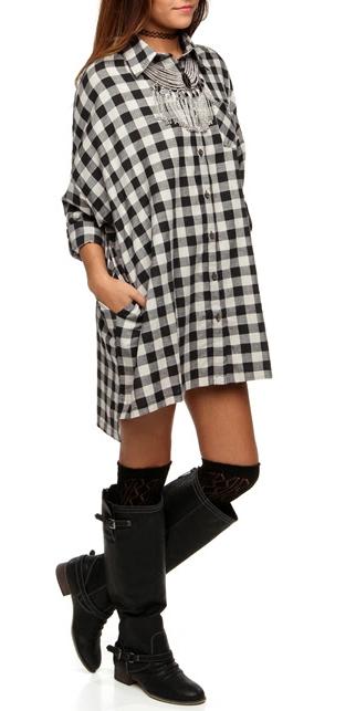 white-dress-zprint-plaid-black-shoe-boots-socks-shirt-bib-necklace-wear-style-fashion-fall-winter-lunch.jpg