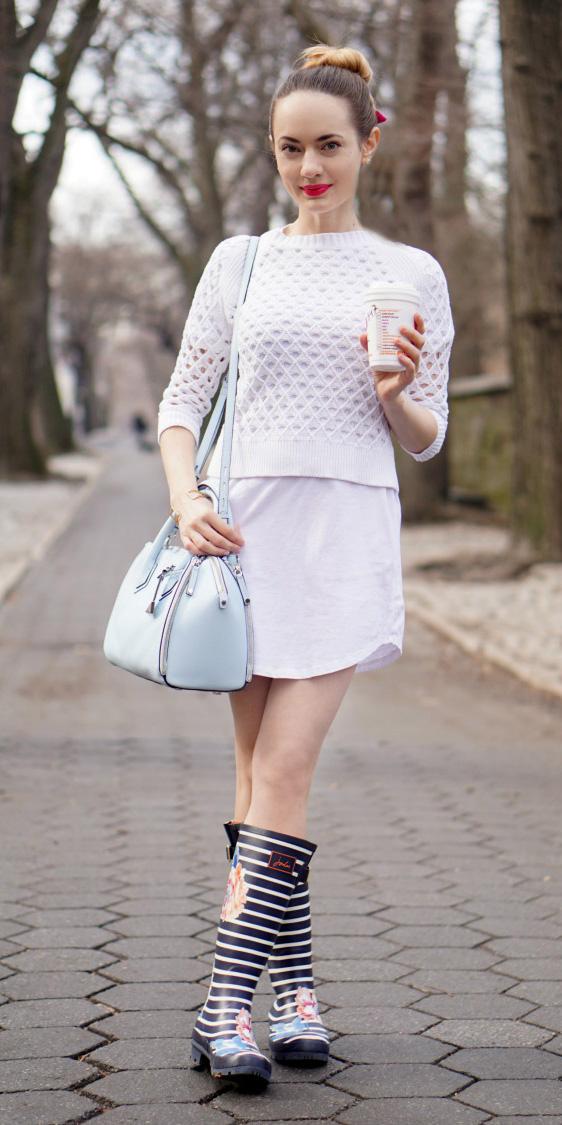 white-dress-tshirt-white-sweater-blue-shoe-boots-blue-bag-hairr-bun-spring-summer-weekend.jpg