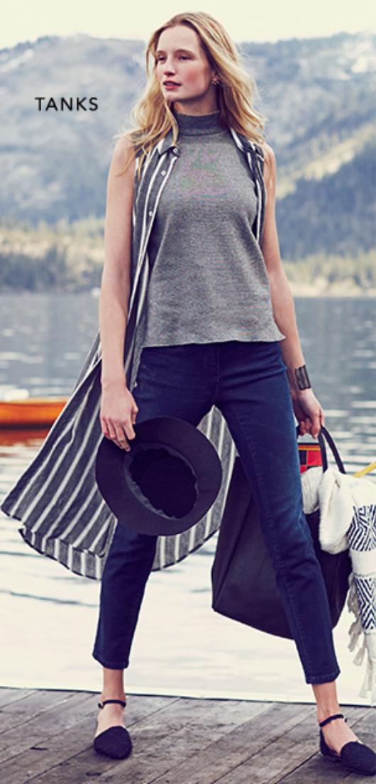 blue-navy-skinny-jeans-grayl-tee-grayl-dress-shirt-stripe-howtowear-black-bag-hat-black-shoe-flats-mockneck-fall-winter-blonde-weekend.jpg