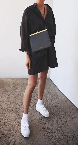 black-dress-shirt-black-bag-socks-white-shoe-sneakers-fall-winter-lunch.jpg