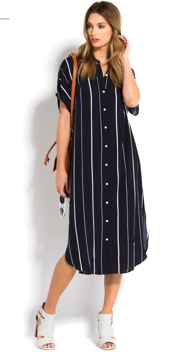 black-dress-shirt-vertical-stripe-blonde-cognac-bag-white-shoe-sandalh-spring-summer-work.jpg