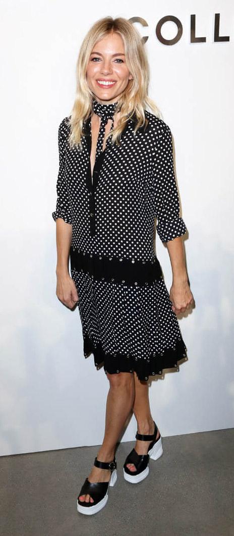 black-dress-shirt-scarf-polka-dot-black-shoe-sandalw-siennamiller-spring-summer-blonde-lunch.jpg