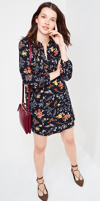 black-dress-zprint-floral-red-bag-brown-shoe-flats-shirt-print-wear-style-fashion-fall-winter-brunette-lunch.jpg
