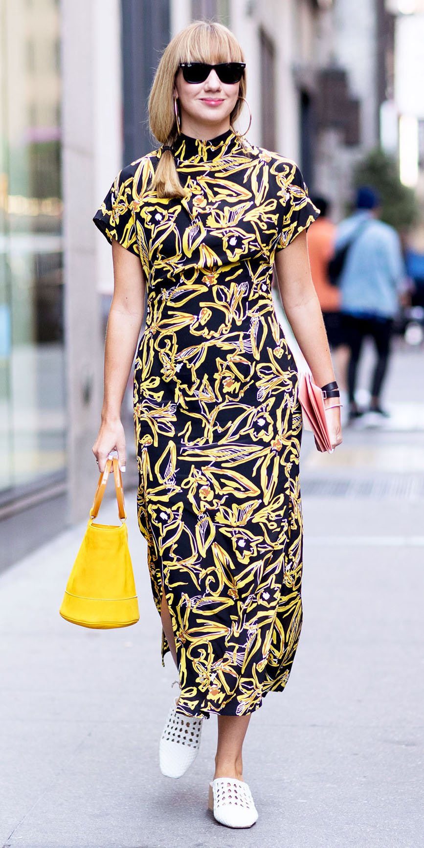yellow-dress-midi-print-white-shoe-pumps-yellow-bag-sun-blonde-spring-summer-lunch.jpg