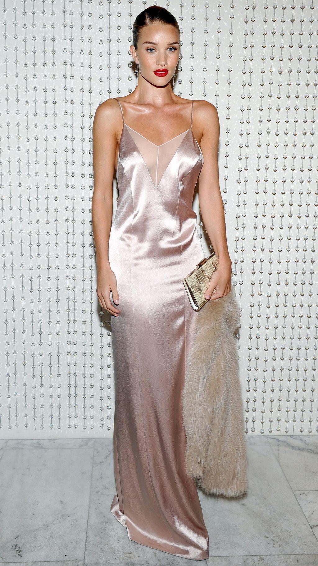 pink-light-dress-slip-silk-maxi-howtowear-fall-winter-blonde-dinner.jpg