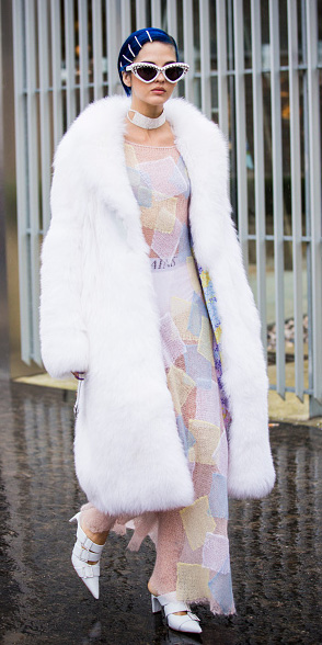 how-to-style-pink-light-dress-sheer-seethrough-maxi-white-jacket-coat-fur-choker-necklace-sun-bobbypins-white-shoe-pumps-fall-winter-fashion-dinner.jpg