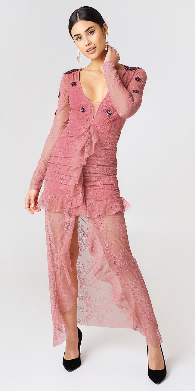 pink-light-dress-maxi-sheer-earrings-brun-pony-black-shoe-pumps-spring-summer-dinner.jpg