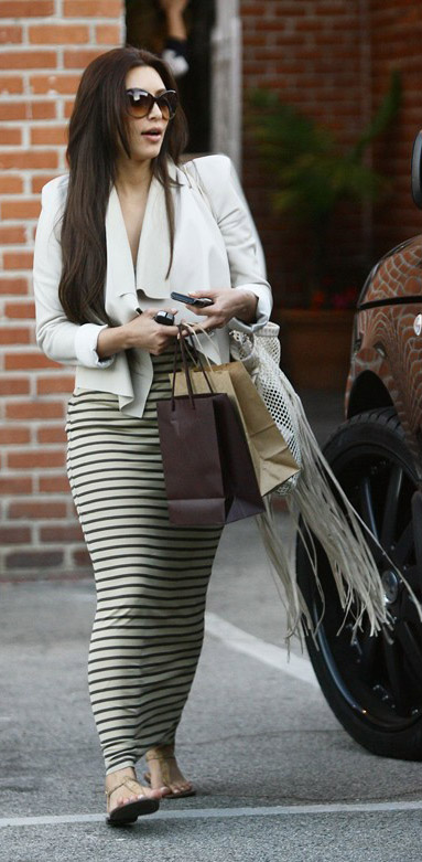tan-dress-maxi-stripe-white-jacket-drape-tans-shoe-sandals-kimkardashian-brun-spring-summer-weekend.jpg