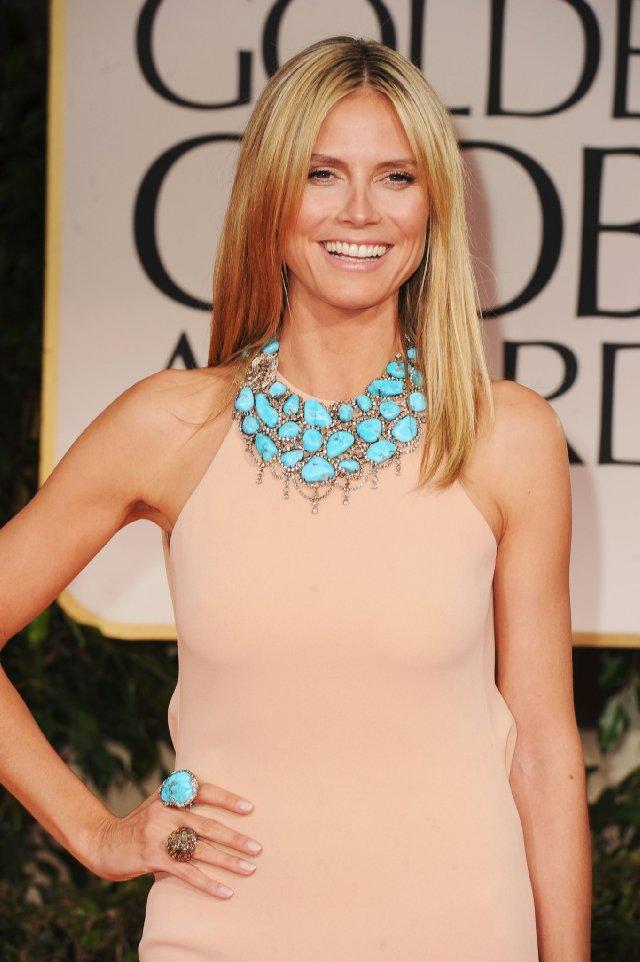 o-tan-dress-maxi-bib-necklace-turquoise-ring-heidiklum-howtowear-fashion-style-outfit-spring-summer-blonde-dinner.jpg