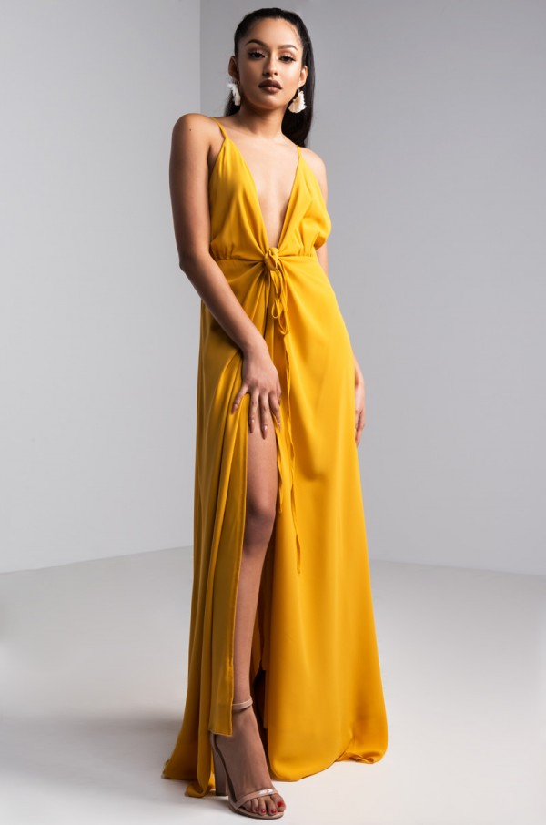 yellow-dress-maxi-tan-shoe-sandalh-earrings-brun-spring-summer-dinner.jpg