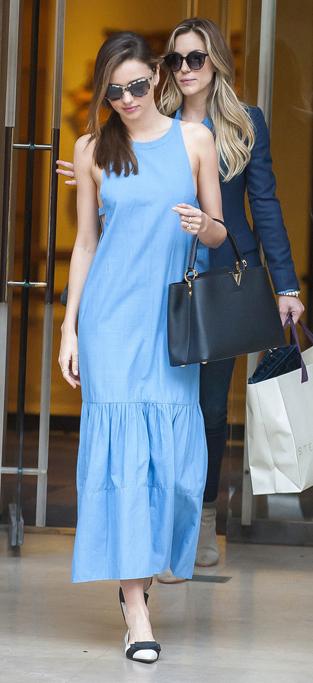 blue-light-dress-a-black-bag-hand-white-shoe-flats-sun-maxi-wear-style-fashion-spring-summer-chambray-mirandakerr-celebrity-hairr-classic-lunch.jpg
