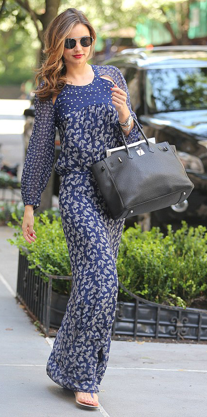 blue-navy-dress-zprint-floral-black-shoe-sandals-black-bag-sun-maxi-wear-style-fashion-spring-summer-mirandakerr-celebrity-hairr-classic-lunch.jpg