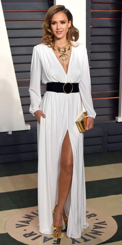 white-dress-wrap-wide-belt-necklace-statement-jessicaalba-hairr-tan-shoe-sandalh-gold-slit-maxi-fall-winter-dinner.jpg