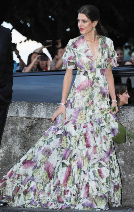 what-to-wear-for-a-spring-wedding-guest-outfit-white-dress-maxi-gown-floral-print-hairr-pony-earrings-green-bag-dinner.jpg