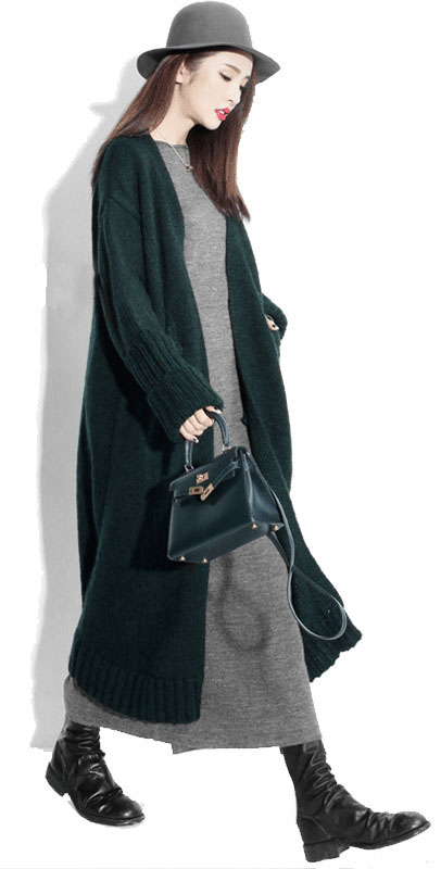 grayl-dress-maxi-green-dark-cardigal-black-shoe-boots-green-bag-hat-howtowear-fashion-style-outfit-fall-winter-brun-weekend.jpg