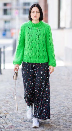 black-dress-maxi-print-green-emerald-sweater-brun-white-shoe-sneakers-fall-winter-work.jpg
