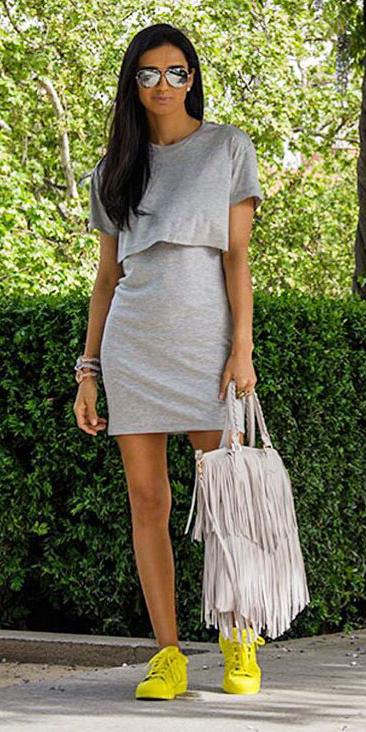 grayl-dress-tshirt-white-bag-brun-sun-bracelet-yellow-shoe-sneakers-spring-summer-weekend.jpg