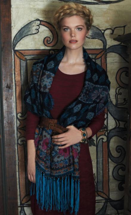 r-burgundy-dress-blue-navy-scarf-sweater-wear-style-fashion-fall-winter-wide-belt-braid-anthropologie-outfit-blonde-lunch.jpg