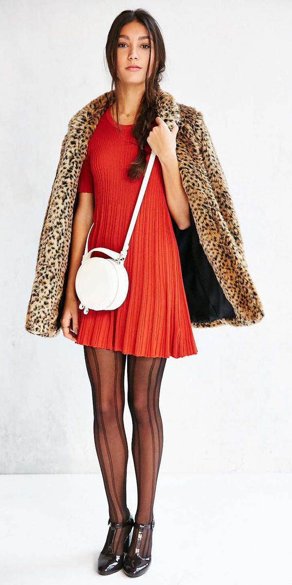 orange-dress-sweater-tan-jacket-coat-leopard-print-white-bag-black-tights-black-shoe-pumps-braid-fall-winter-brun-lunch.jpg