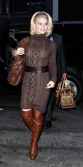 brown-dress-sweater-belt-head-jessicasimpson-brown-bag-cognac-shoe-boots-otk-mono-fall-winter-blonde-lunch.jpg