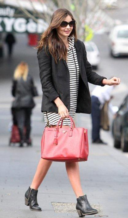 white-dress-zprint-stripe-black-jacket-blazer-sweater-black-shoe-booties-red-bag-tote-sun-brun-mirandakerr-howtowear-fashion-style-outfit-fall-winter-classic-weekend.jpg