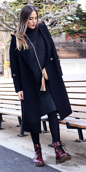grayd-dress-sweater-black-tights-tan-bag-drmartens-burgundy-shoe-booties-black-jacket-coat-fall-winter-hairr-lunch.jpg