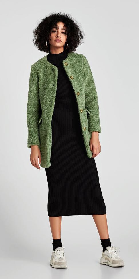black-dress-bodycon-sweater-green-olive-jacket-coat-fur-hoops-brun-black-white-shoe-sneakers-fall-winter-weekend.jpg