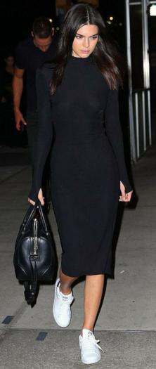 black-dress-white-shoe-sneakers-black-bag-hand-howtowear-fashion-style-outfit-fall-winter-sweater-kendalljenner-celebrity-street-brunette-weekend.jpg