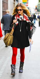 black-dress-black-shoe-booties-necklace-pend-tan-bag-sun-sweater-wear-style-fashion-fall-winter-red-tights-red-scarf-fearnecotton-hairr-lunch.jpg
